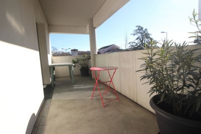APPARTEMENT T3 GRANDE TERRASSE ET PARKING PRIVATIF
